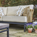 Bruge-sofa-on0its-own