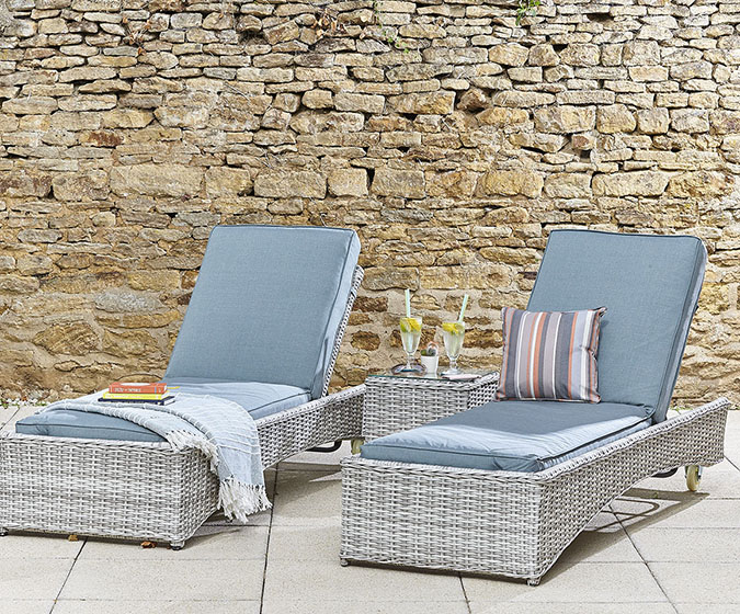 Sunlounger Set (Pale Grey/Teal)