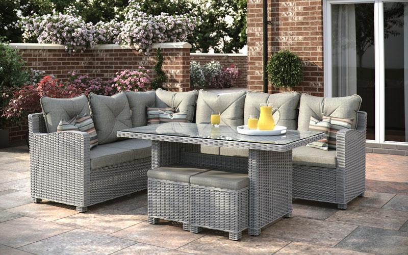 Corner-lounge-dining-offer