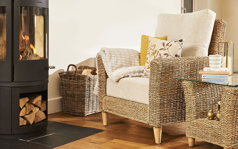 Kentdale-chair-and-side-table