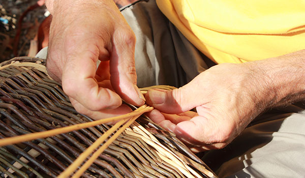 how-rattan-furniture-is-made